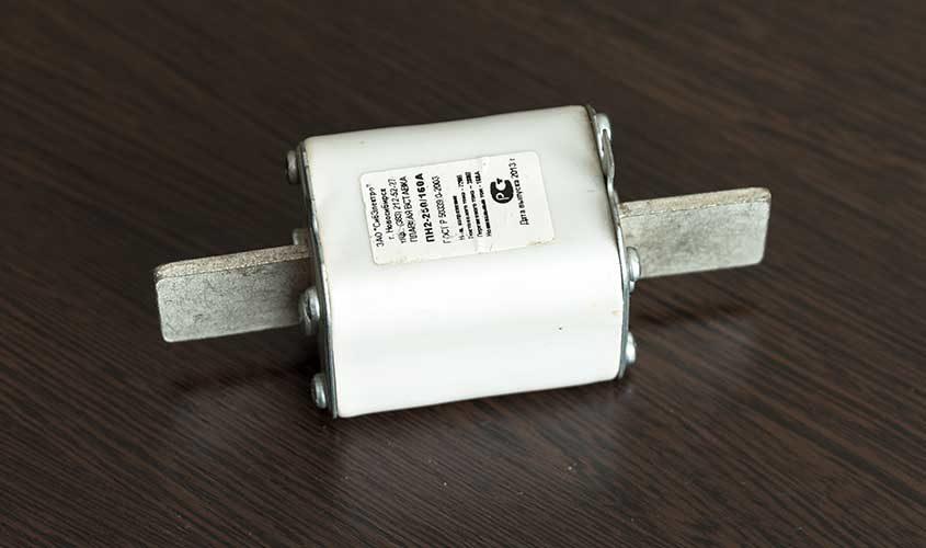 Plavkiy-predokhranitel'-PN-2-250-160A-2